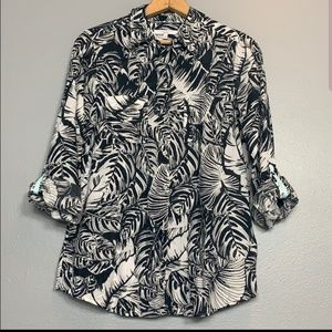 EUC Business Proffessional leaf print top.